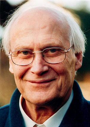 Bert Hellinger, creador de la psicoterapia de constelaciones familiares