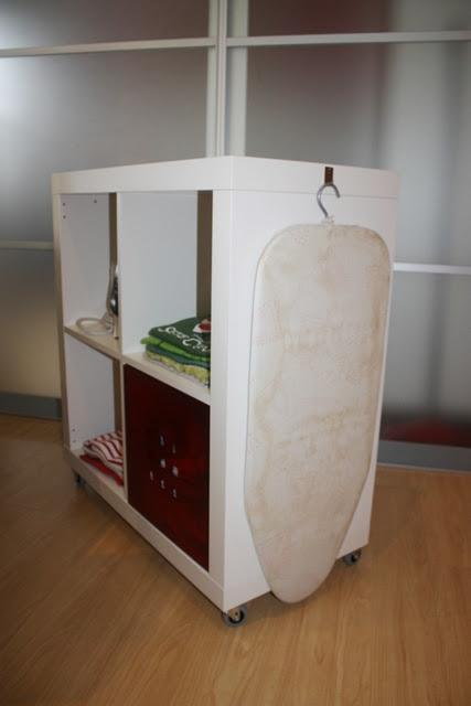 Ikea hack expedit mueble para planchar paperblog for Mueble plancha plegable