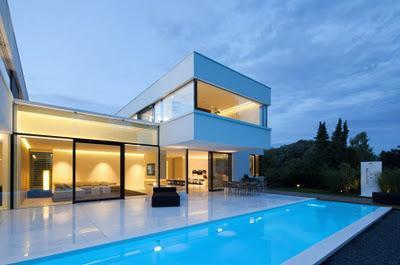 Casa moderna y minimalista en la baviera paperblog for Casa minimalista blog