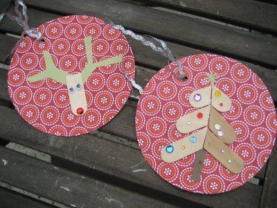 Adornos de navidad hechos con palos de polos paperblog - Adornos de navidad hechos en casa ...