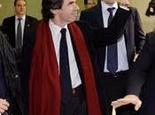 Aznar, indignación sentido todo!!