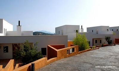 Fotos de casas modernas mediterr neas paperblog for Fachadas de casas modernas a desnivel