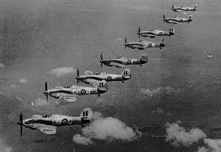 Soplan vientos de batalla en el desierto: víspera de la Operación Crusader - 17/11/1941.