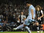 caras Manchester City puntero invicto