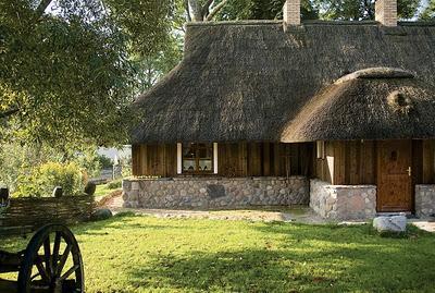 Exteriores r sticos en casa de campo paperblog for Decoracion casas de campo pequenas
