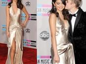 Selena Gómez espléndida Armani 2011 American Music Awards