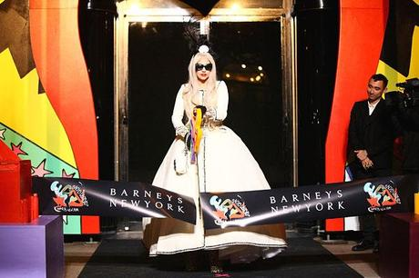 Workshop de Lady Gaga en Barneys