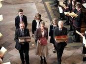 Reina Inglaterra celebración siglos Biblia King James
