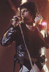 El genio de Zanzibar, Freddie Mercury, hace 20 años que se fue