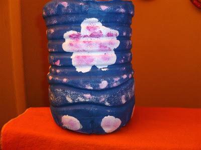 Reciclado con bidones de agua paperblog for Bidones para agua