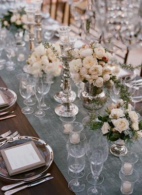 Decoraci n de mesas de boda una mesa rom ntica paperblog for Decoracion boda romantica