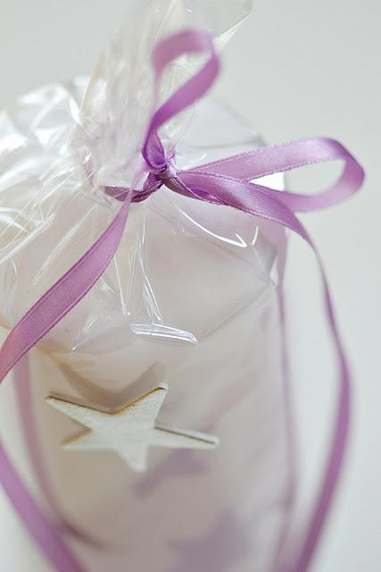 Ideas para envolver de regalo una vela paperblog - Como envolver un regalo grande ...