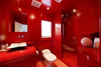 Baños en Rojo y Negro