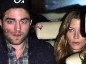¿Tiene Robert Pattinson nueva novia?