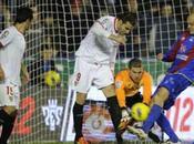 Actualidad Sevillista: Levante Sevilla 0.Con estos regalos imposible subirse tren Champions League