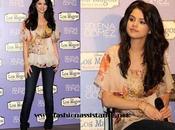 "look Selena Gómez Madrid. presents ""Kiss Tell"" Madrid"