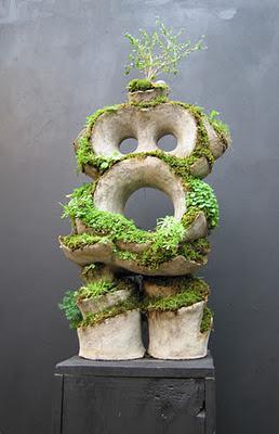 Un jard n dentro de una escultura paperblog - Esculturas para jardines ...