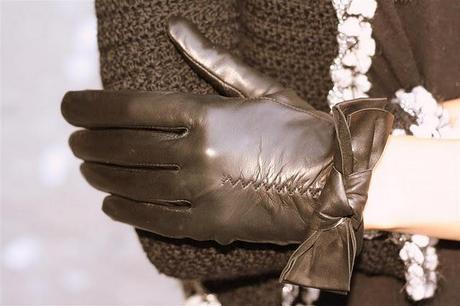 Para el frío ...guantes de piel en Poète.