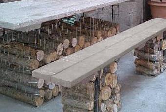 Muebles de jard n con troncos y piedras paperblog for Quien compra muebles usados