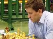 gran maestro (GM) ruso Oleg Korneev impuso qu...
