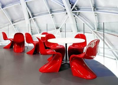 Panton, la reina de las sillas de plástico