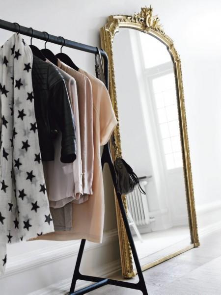 vitra vajillas marcas danesas vajilla de porcelana de diseño Royal Copenhagen Musselmalet Louis Poulsen le klint lámparas de diseño kartell Ikea Foscarini flos estilo nórdico estilo escandinavo espejos con marco de madera dorado espejos barrocos diseño italiano diseño de interiores diseño danés Artemide