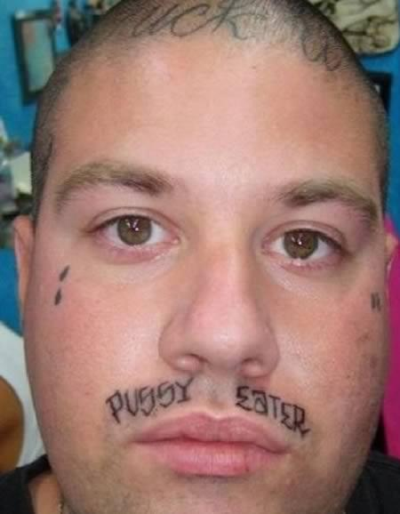 Los tatuajes más curiosos y espantosos de 2011