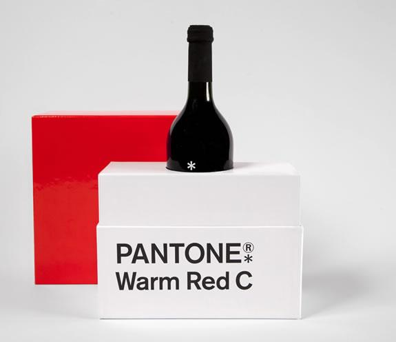 Pantone Warm Red C :: packaging de navidad