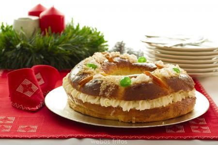 roscón webos fritos roscón relleno de nata roscón relleno de crema roscón de reyes roscón con frutas escarchadas postres de navidad dulces navideños dulces día de reyes