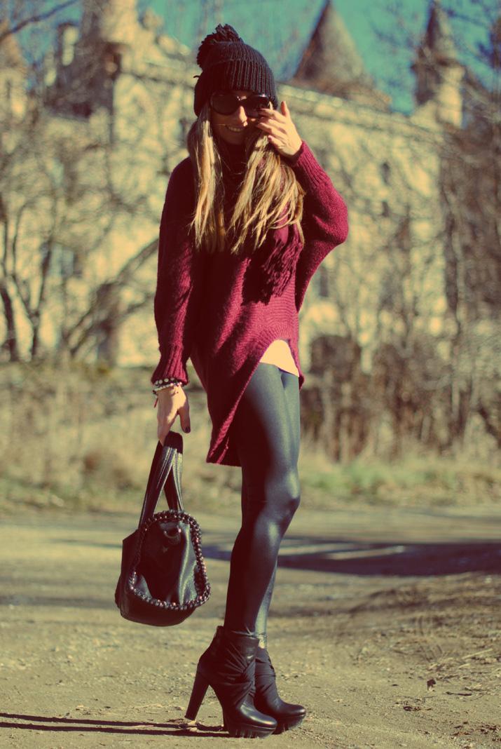 Burgundy jumper...