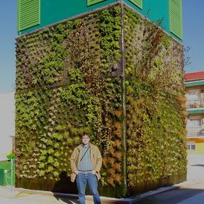 Jardines verticales urbanarbolismo paperblog for Sistema de riego jardin vertical