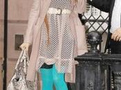 Sarah Jessica Parker impone moda: medias colores
