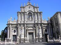 Catania: turismo a los pies del volcán Etna