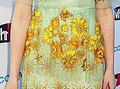 Elle Fanning, eligió sombra ojos amarilla juego vestido, Critic's Choice Awards