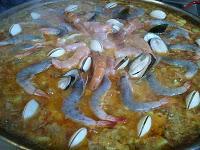 Paella de Carne y Marisco