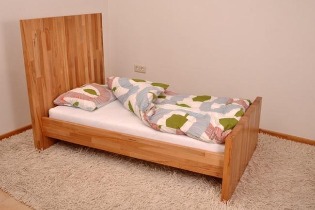 Hokimo mueble tres en uno cuna cama y sof paperblog for Mueble que se pone a los pies de la cama