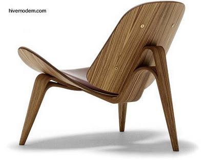 Sillas modernas de madera dise o dan s paperblog for Modelos de sillas de madera modernas