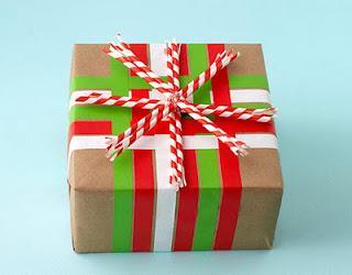 Envolver regalos de forma original paperblog - Envolver regalos original ...