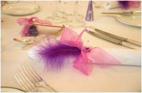 sin excederse mucho con las plumas un evento puede quedar diferente divertido elegante y dar que hablar si las aadimos a nuestra decoracin