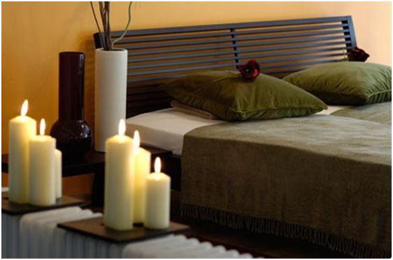 decorar la cama con rosas en san valentin