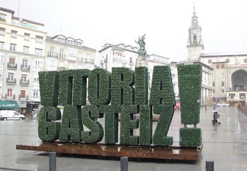 Escultura vegetal en vitoria paperblog for Ciudad jardin vitoria