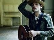 """Everybody´s hurting"", Jakob Dylan"