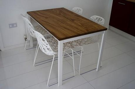 Ikea hack: Mesa Melltorp con sobre de madera