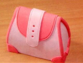 Paso a paso: Tarta bolso y sandalia con fondant