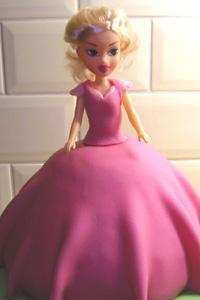 Paso a paso: Tarta barbie princesa