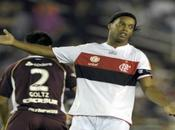 Ronaldinho Lanús: Chispazos fuego apaga
