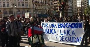 Escándalo en Valencia. Policía zurra a jóvenes estudiantes