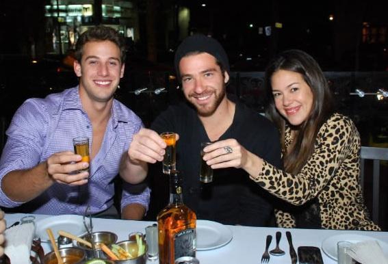 Lambda  García junto a Tequila Jimador celebró el 14 de febrero