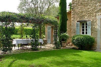 Los ultimos jardines rusticos paperblog for Adornos para jardines rusticos