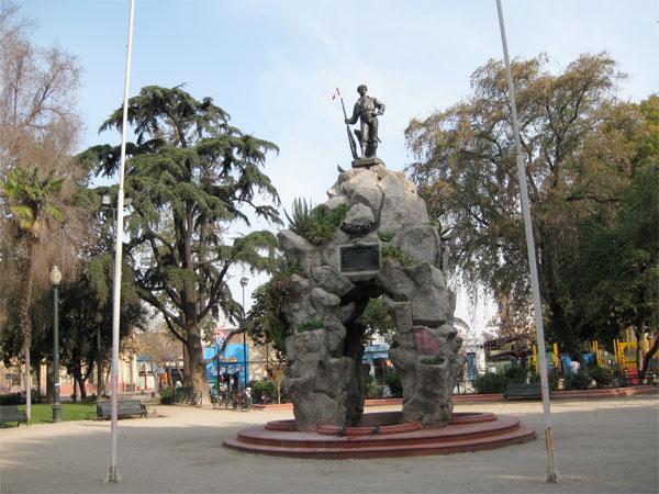 Plaza-Yungay-de-Santiago